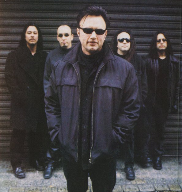 Queensryche - Q2K - Kerrang 5-2-2000  Queensryche - Q...